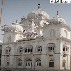7. Pathar Ki Masjid