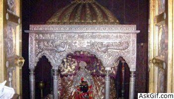 1. Thawe Temple