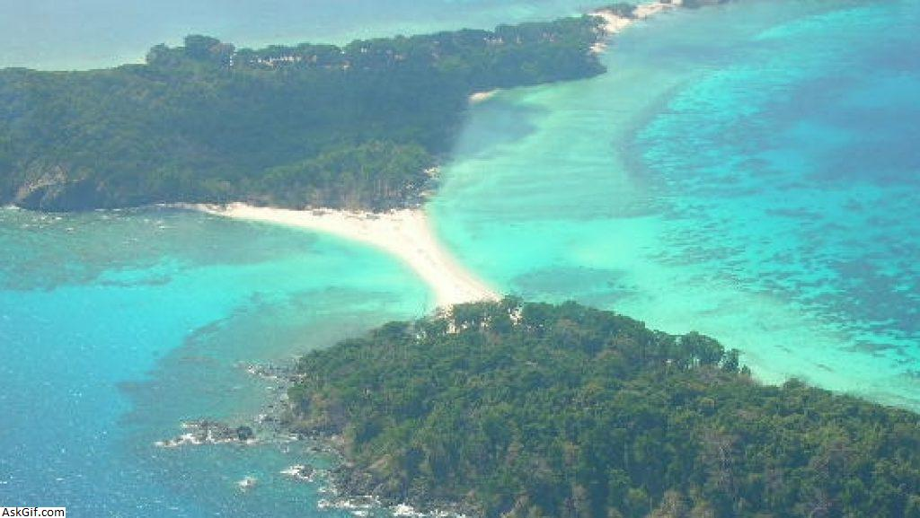 5. Cinque Island