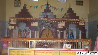 2. Fakharpur Mandir