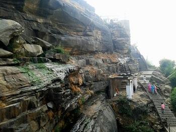 3. Hanuman Dhara