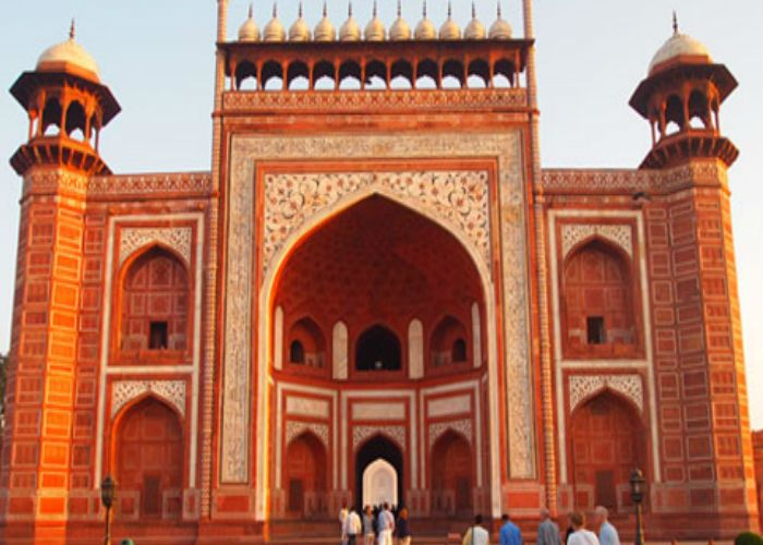 3. Fatehpur Sikri