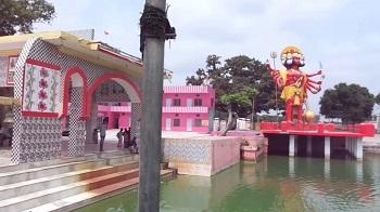 1. Amroha Vasudev Mandir, Meera Baba Mandir