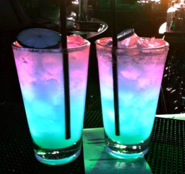 4. Have drinks which are light in color