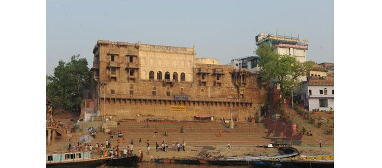 11. Manmandir Ghat