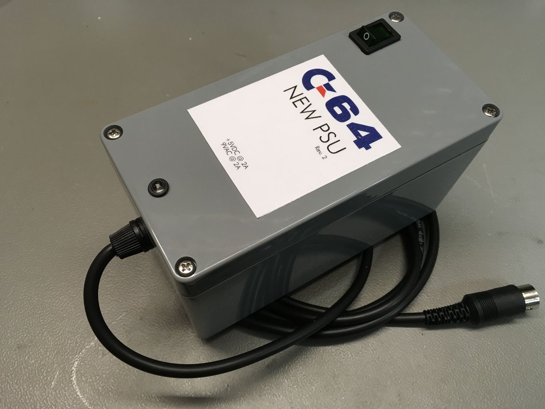 C64 replacement PSU (outside)