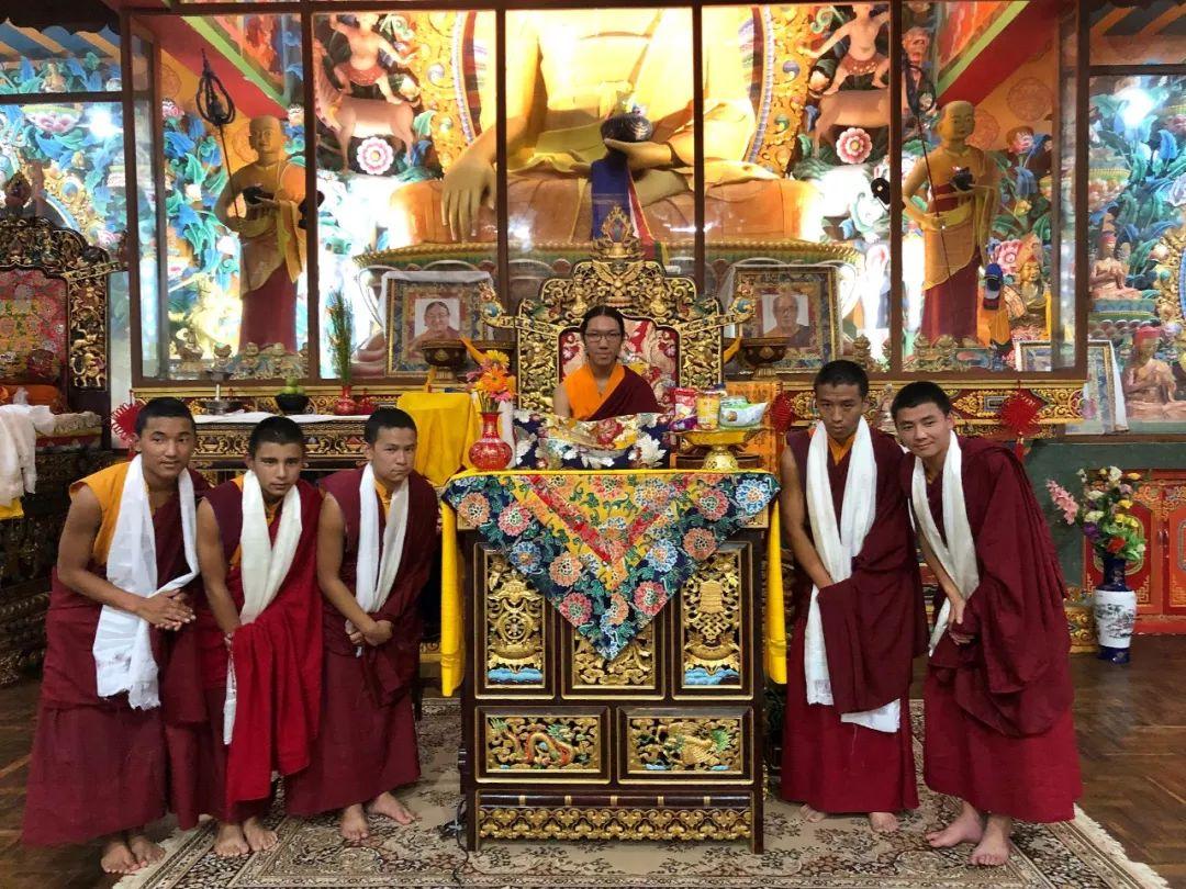 H.E. Asanga Rinpoche