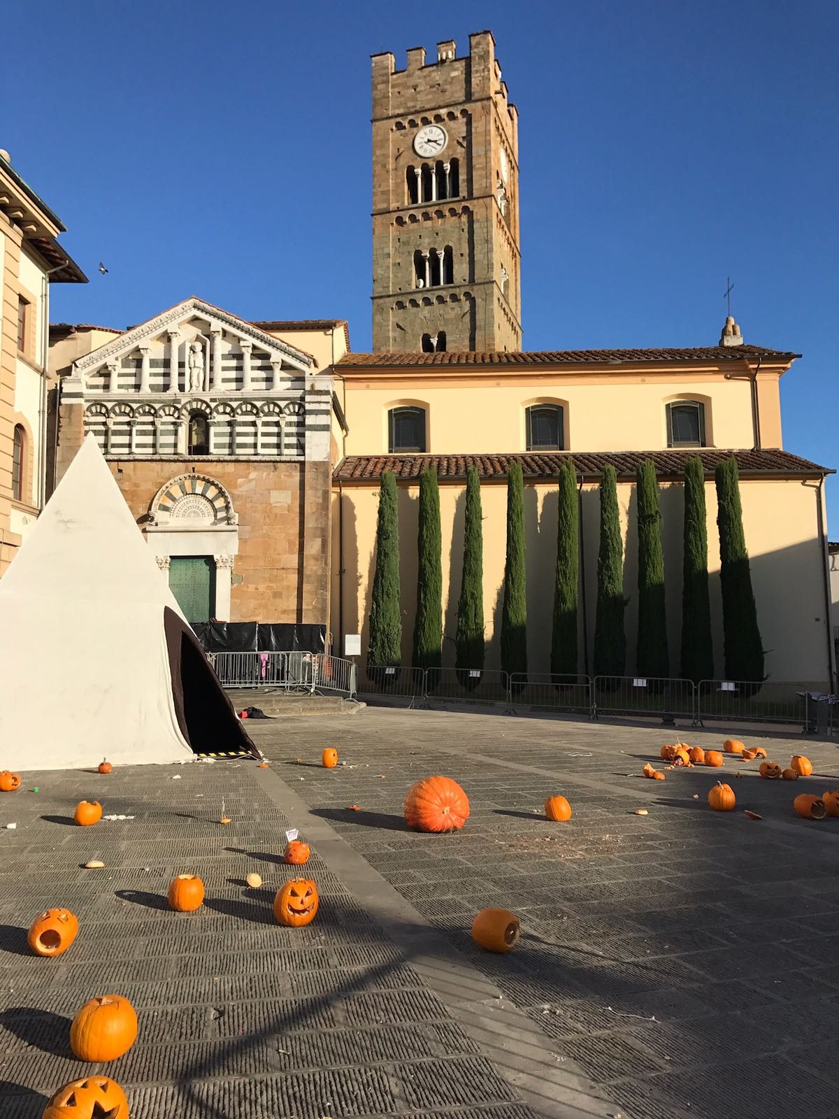 Town square in Altopascio littered with the remains of pumpkins
