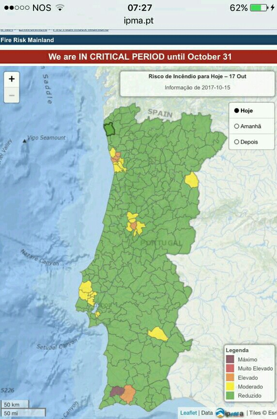 Map of Portugal split into regions colour-coded to indicate the fire risk with almost all showing no risk
