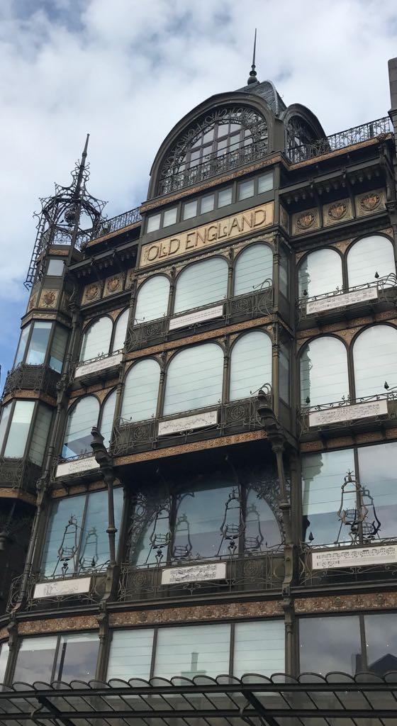 art deco museum of instruments