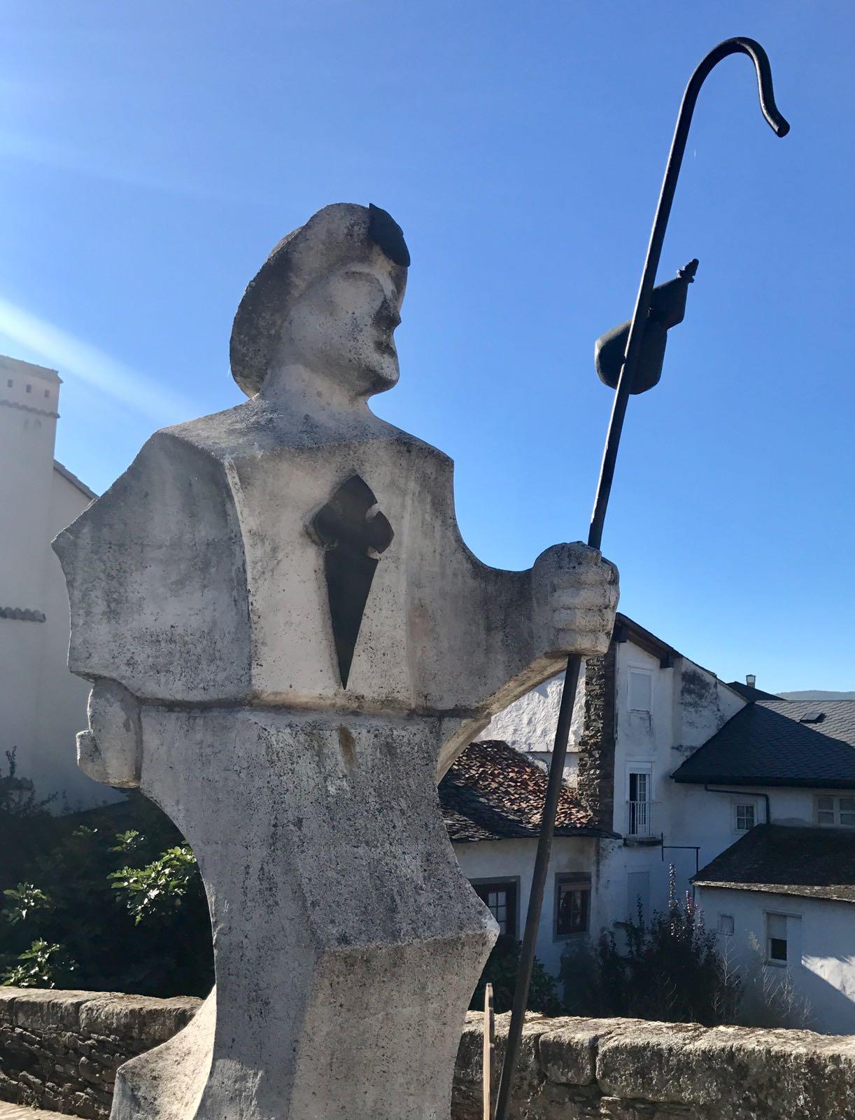 Pilgrim statue in Villafranca del bierzo