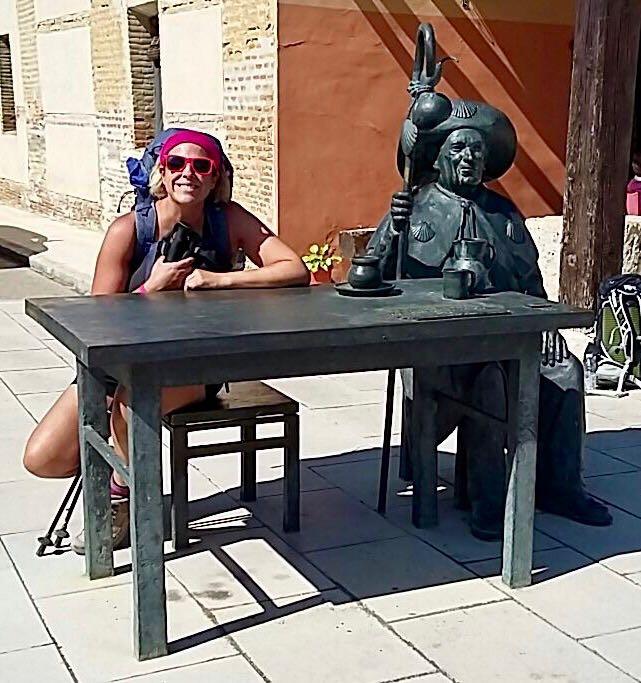 Roz with pilgrim statue in Villalcazar de sirga