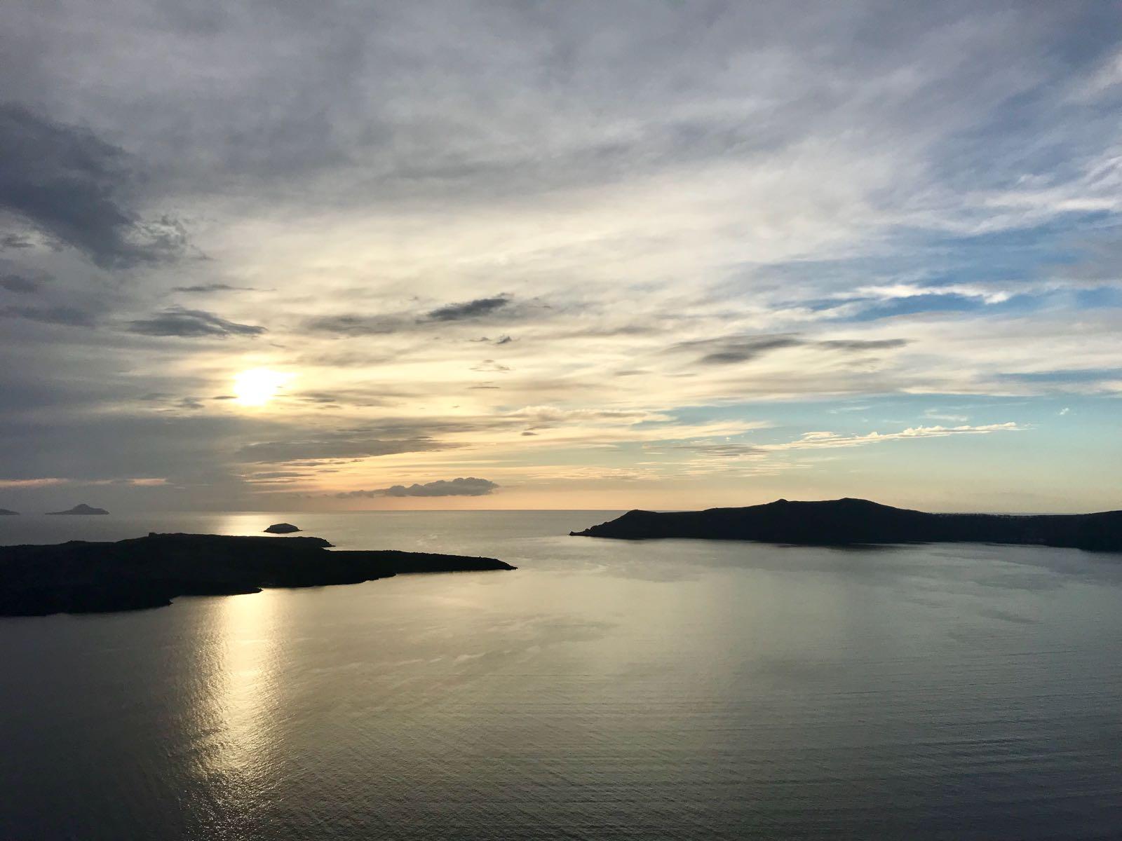 Sunset over the Santorini lagoon