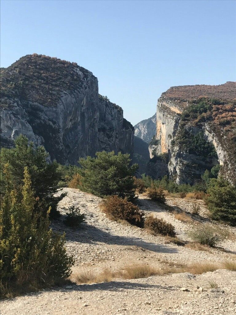 The top of the Gorges du Verdon, seen from the sublime viewpoint