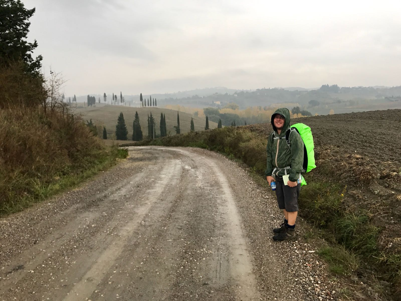 Tom on a rainy path to Castelfiorentino
