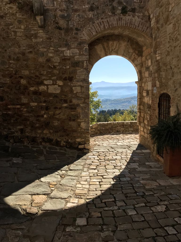 Exit gate in the stone walls of Vignoni