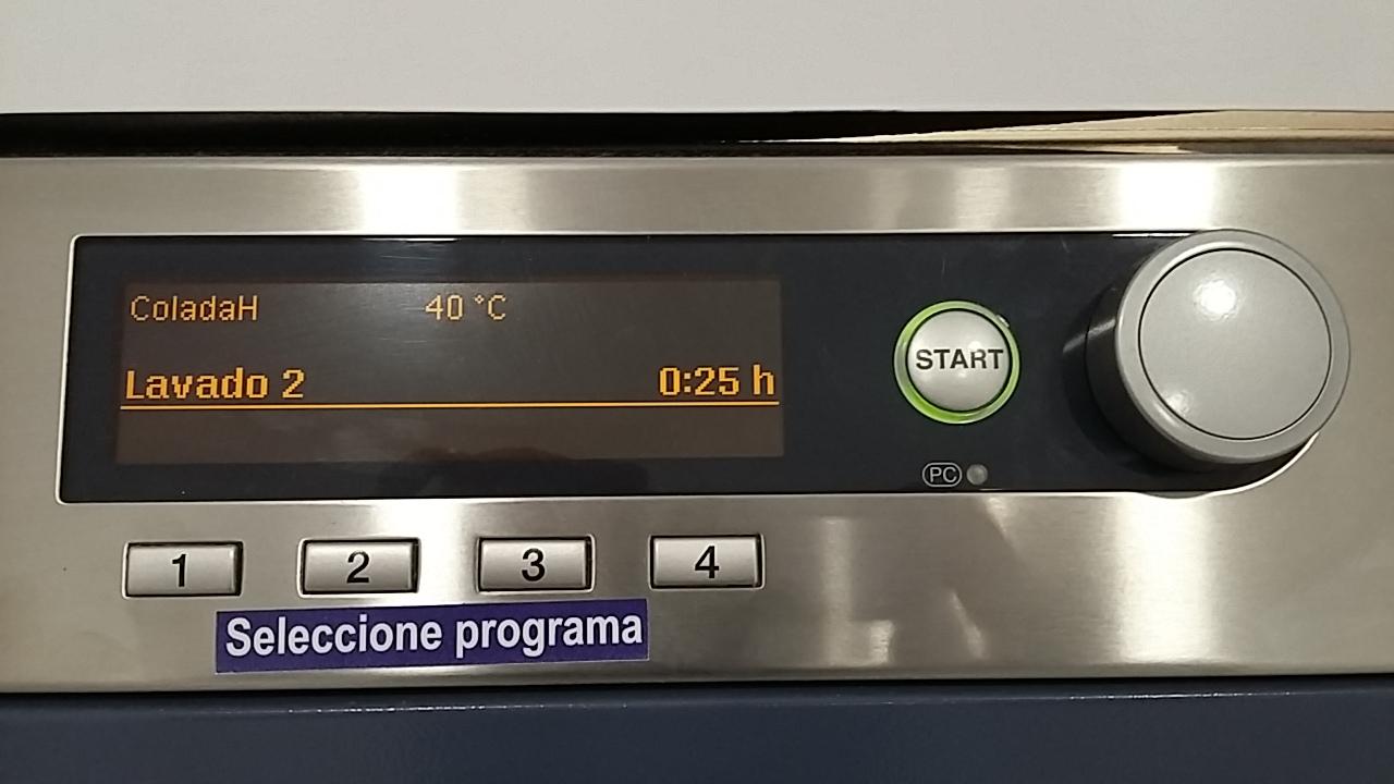 Washing machine control panel where you choose the wash you want