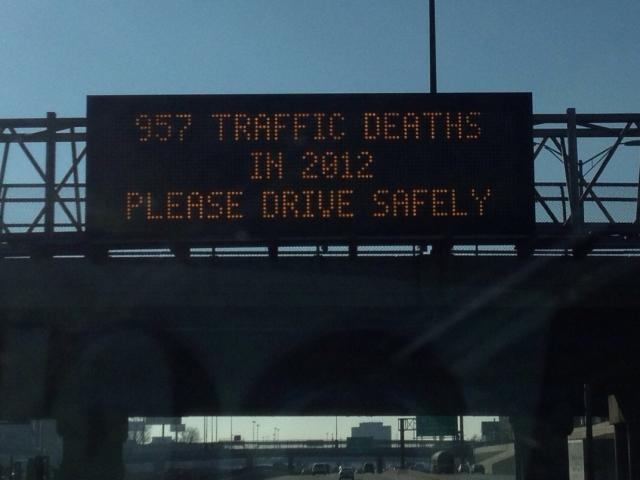Illinois Road Deaths Sign