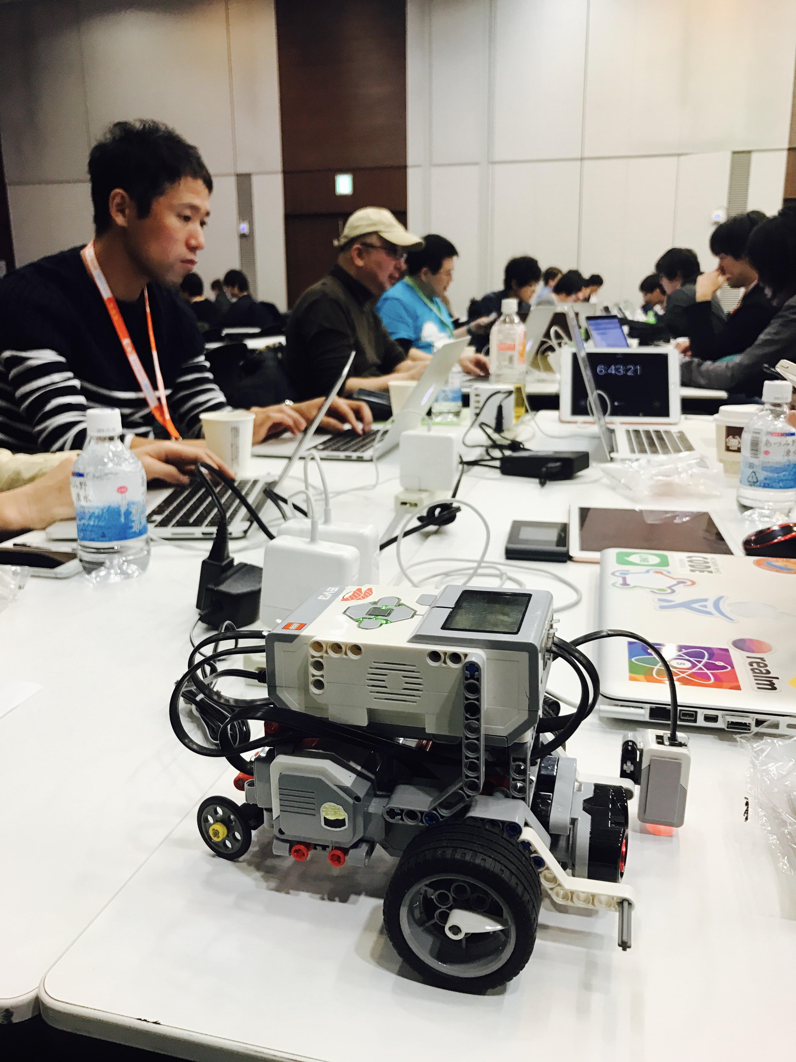try! Swift Tokyo Hackathon Robot
