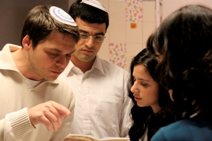 SRUGIM-Shabbat_meal-hi-res