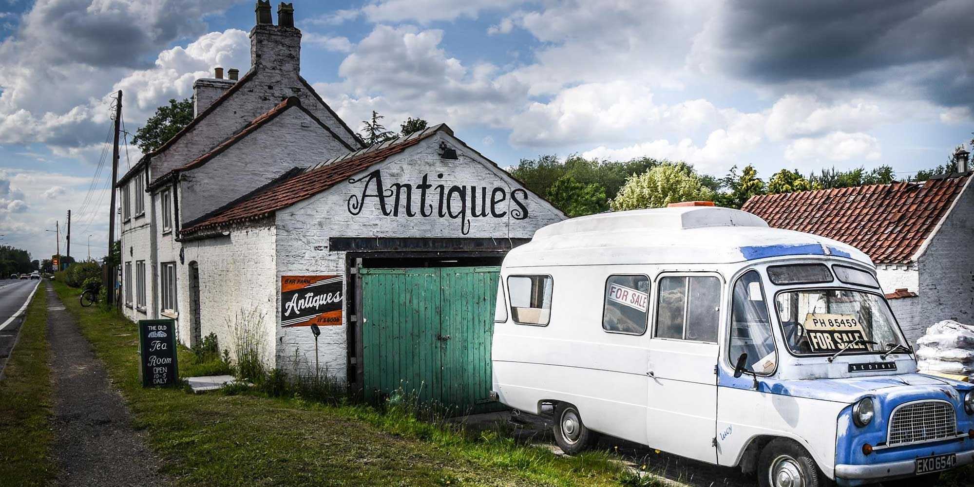 Bar Farm Antiques Centre - Front © 2018 BAR FARM ANTIQUES