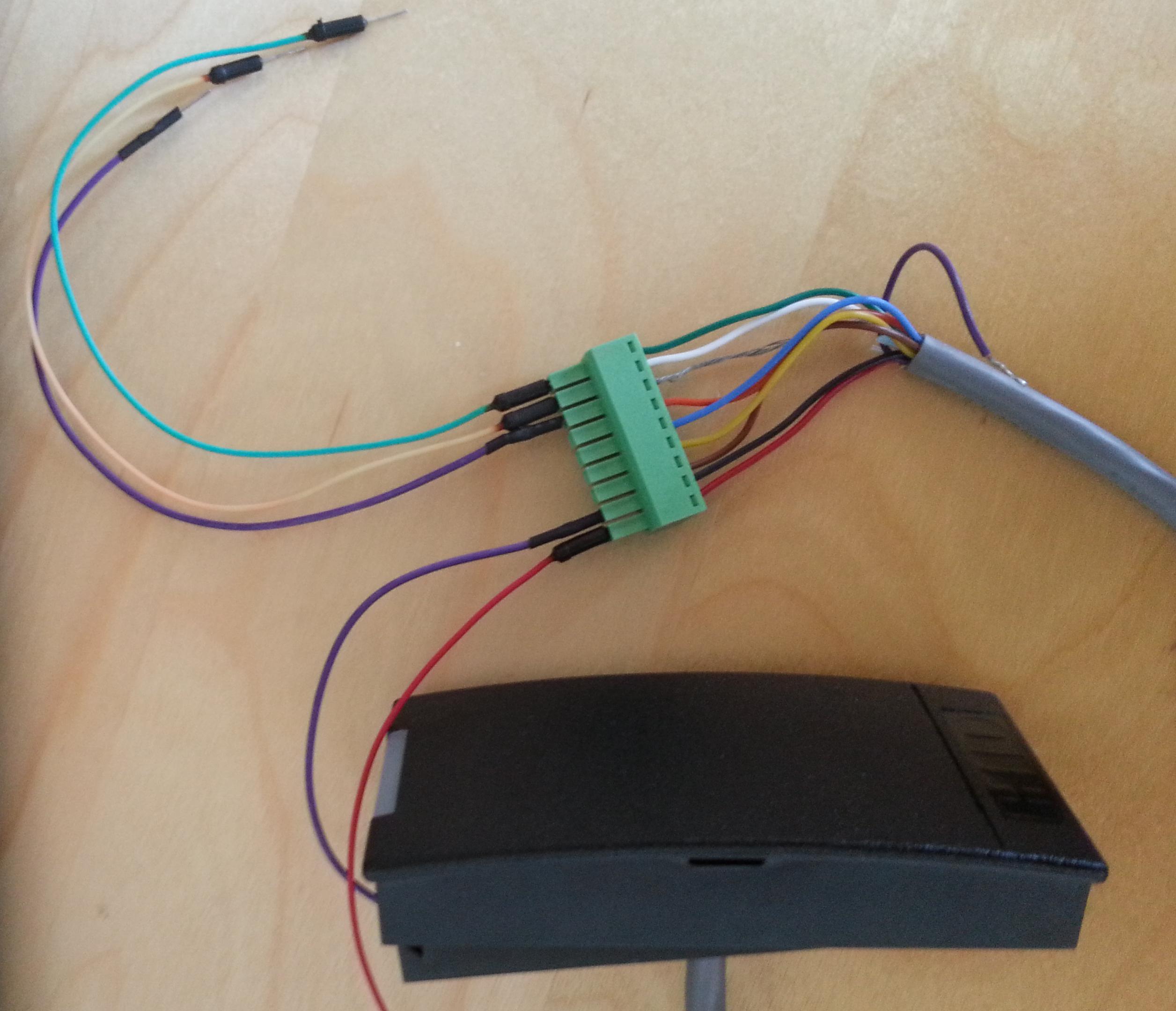 Wiegand reader's wires